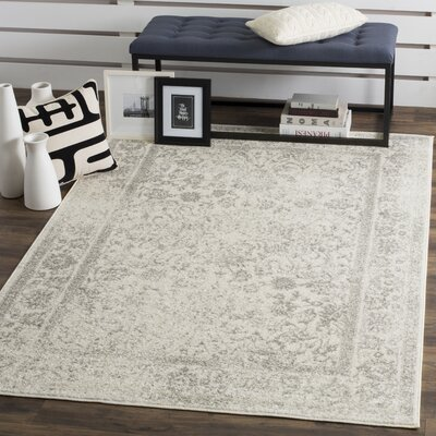 Reynolds Ivory/Silver Area Rug Rug Size: 51 x 76