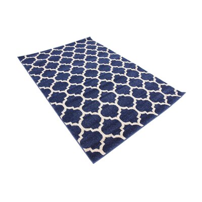 Coughlan Blue/Ivory Area Rug Rug Size: Rectangle 4 x 6