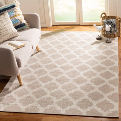 Willow Hand-Woven Gray/Ivory Area Rug Rug Size: Rectangle 5 x 8