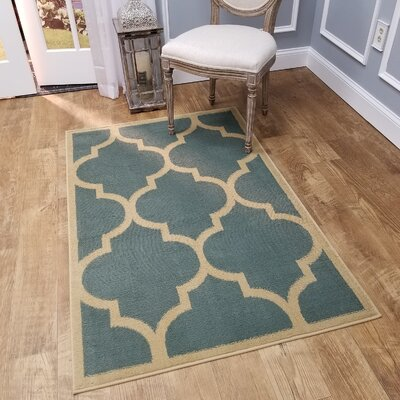 Kinner Moroccan Trellis Teal/Blue Area Rug Rug Size: Rectangle 53 x 611