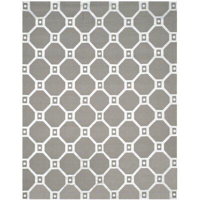 Columbus Circle Hand-Loomed Grey/Silver Area Rug Rug Size: 73 x 93