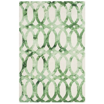 Edie Ivory & Green Area Rug Rug Size: 8 x 10