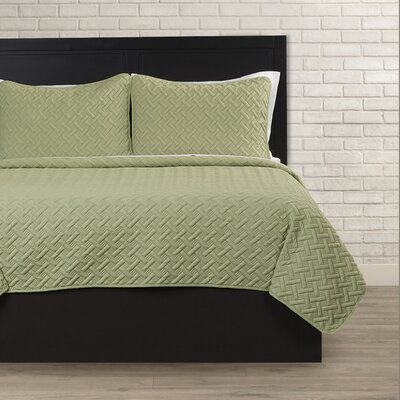 Colosimo Coverlet Set Color: Green, Size: Twin