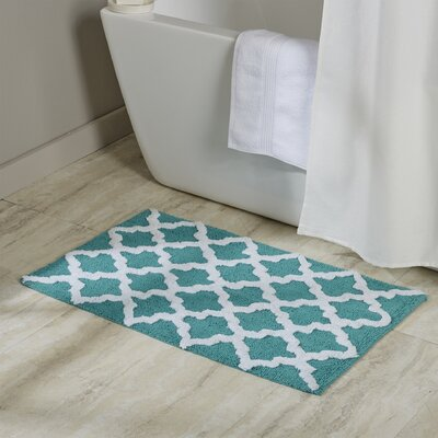 Valencia Bath Rug Color: Aqua Sea White