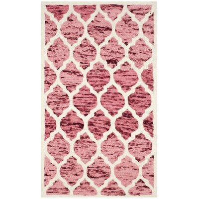 Short Hand-Loomed Red/Ivory Area Rug Rug Size: Rectangle 4 x 6