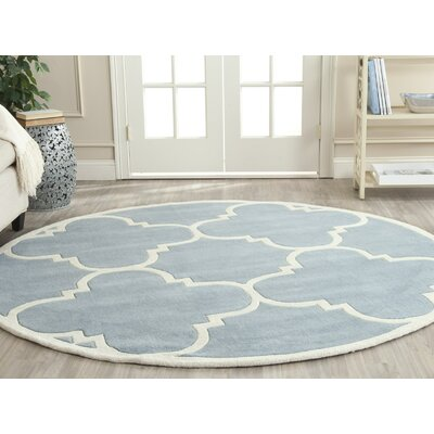 Wilkin Blue & Ivory Area Rug II Rug Size: Round 5
