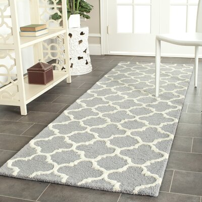 Martins Circle Silver & Ivory Area Rug Rug Size: Runner 26 x 12