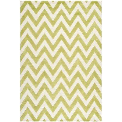Charlenne Green / Ivory Area Rug Rug Size: 5 x 8