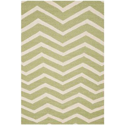 Charlenne Green/Ivory Area Rug Rug Size: 4 x 6
