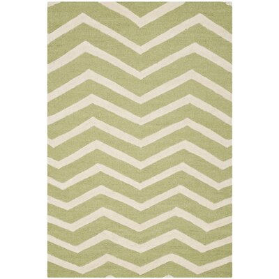Martins Green/Ivory Area Rug Rug Size: 8 x 10