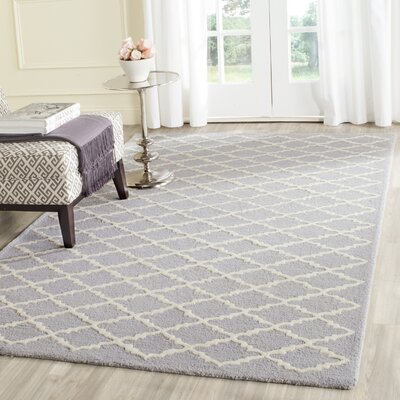 Charlenne Hand-Tufted Silver/Ivory Area Rug Rug Size: 5 x 8