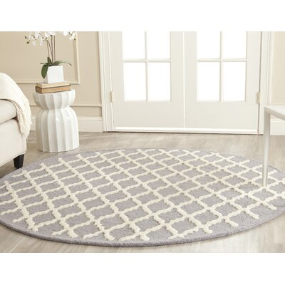 Charlenne Hand-Tufted Silver/Ivory Area Rug Rug Size: Round 6'