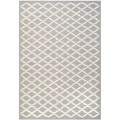 Martins Silver/Ivory Area Rug Rug Size: 4 x 6