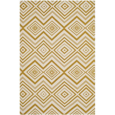 Sonny Hand-Woven Cotton Ivory/Citron Area Rug Rug Size: Rectangle 5 x 8