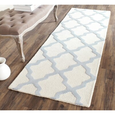 Charlenne Hand-Tufted Ivory/Gray Area Rug Rug Size: Runner 26 x 8