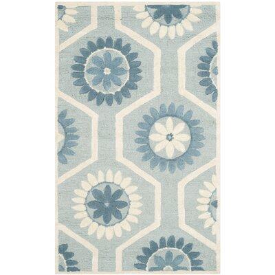 Martins Blue/Ivory Area Rug Rug Size: 3 x 5