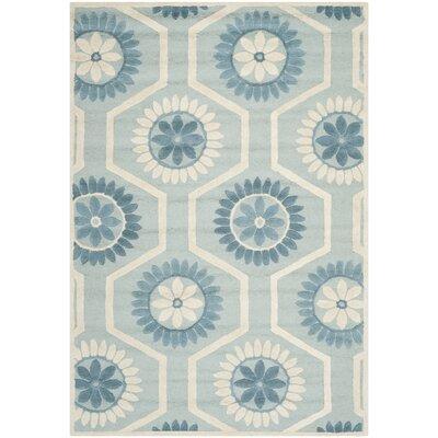 Martins Blue/Ivory Area Rug Rug Size: 5 x 8