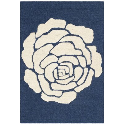 Martins Navy/Ivory Area Rug Rug Size: 4 x 6