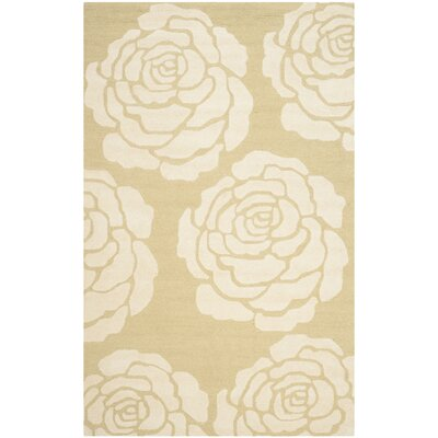 Martins Light Gold/Ivory Area Rug Rug Size: 5 x 8