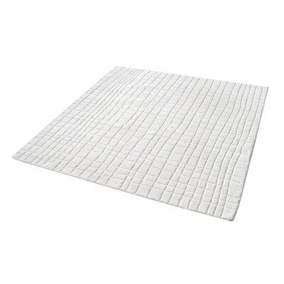 Beringer Hand-Woven Cream Area Rug Rug Size: 3' x 5'