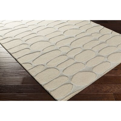 Nida Hand-Tufted Neutral/Gray Area Rug Rug Size: Rectangle 5 x 76