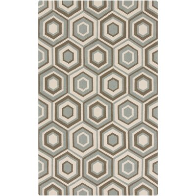 Kinde Indoor/Outdoor Area Rug Rug Size: 5 x 8