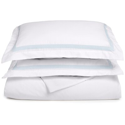 Valier Reversible Duvet Cover Set Size: King / California King, Color: White/Light Blue