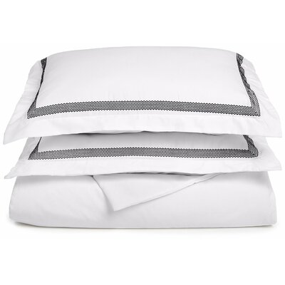 Valier Reversible Duvet Cover Set Color: White/Black, Size: Twin / Twin XL