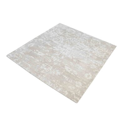 Simmonds Hand-Woven Beige/White Area Rug Rug Size: Square 6