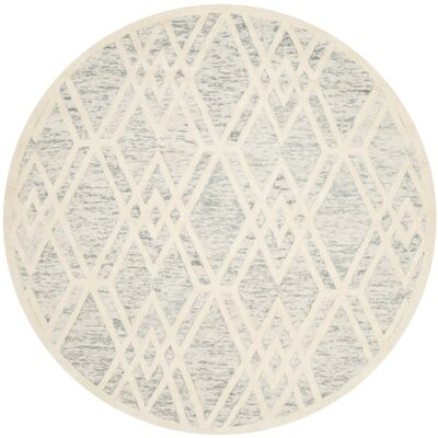 Medina Hand Tufted Gray/Ivory Area Rug Rug Size: Rectangle 5' x 8'