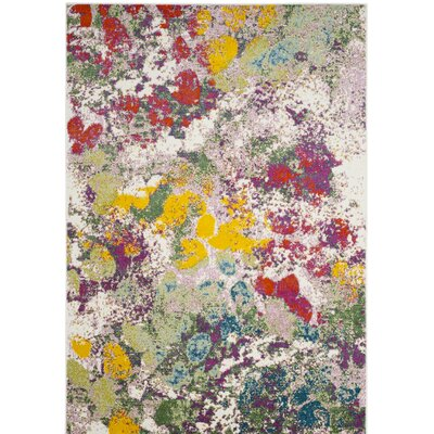 Shankle Green/Red Area Rug Rug Size: 53 x 76