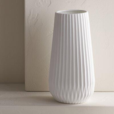 Brett Table Vase