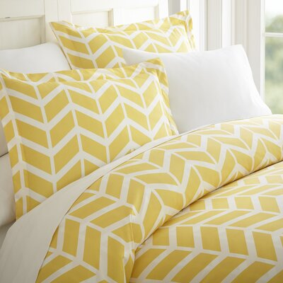 Charlotta Duvet Set Color: Yellow, Size: Twin