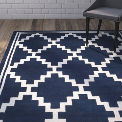 Wilkin Wool Navy/Ivory Area Rug Rug Size: Rectangle 4 x 6