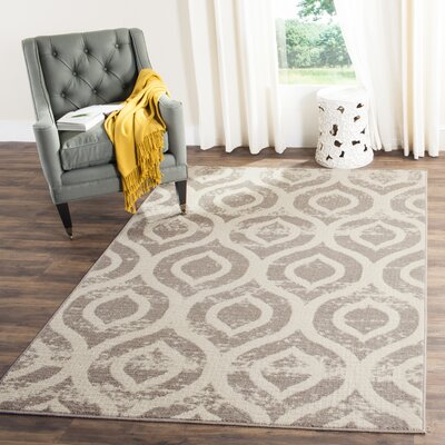 Amelius Beige/Gray Area Rug Rug Size: Rectangle 4 x 6
