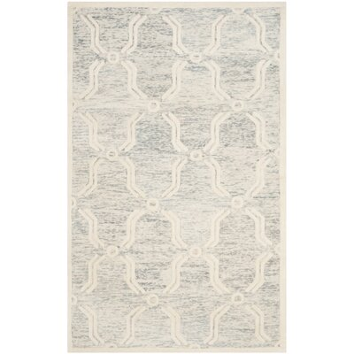 Medina Hand-Tufted Light Gray/Ivory Area Rug Rug Size: 5 x 8