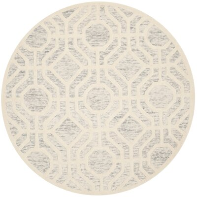 Medina Hand-Tufted Light Gray/Ivory Area Rug Rug Size: Round 6