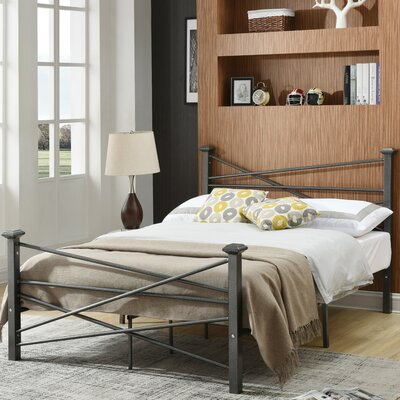 Carver Metal Platform Bed Size: Full, Finish: Silver