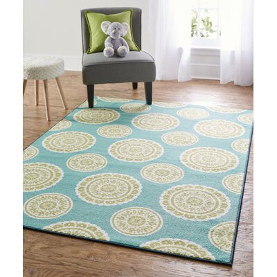 Shumake Medallion Circle Green Area Rug Rug Size: 76 x 10