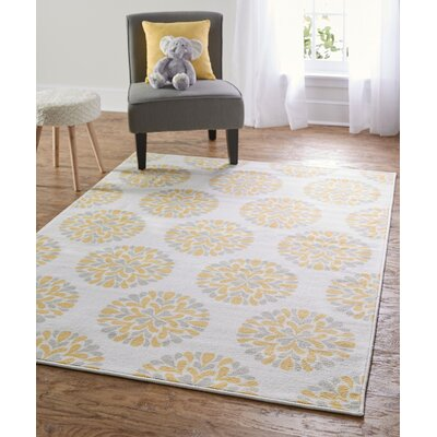Alina Flowering Medallion Yellow Area Rug Rug Size: 5 x 7