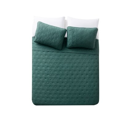 Cash 3 Piece Quilt Set Color: Green, Size: King