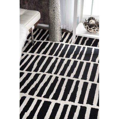 Bohm Hand-Tufted Black Area Rug Rug Size: 76 x 96