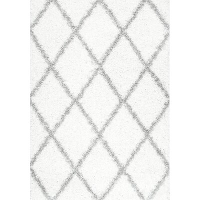 Colona White/Gray Area Rug Rug Size: Rectangle 4 x 6