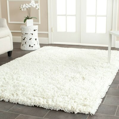 Starr Hill Ivory Area Rug Rug Size: Rectangle 76 x 96