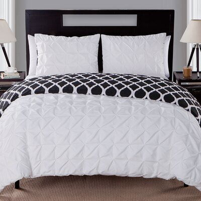 Joplin Reversible Duvet Set Color: White, Size: Twin/Twin XL