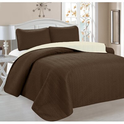 Jeanice 3 Piece Reversible Quilt Set Color: Brown