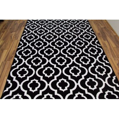 Spaulding Black/White Indoor/Outdoor Area Rug Rug Size: 5 x 7