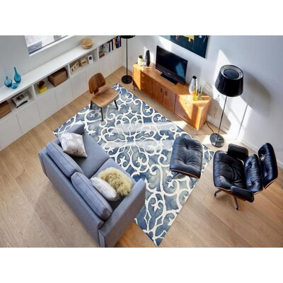 Eltingville Blue/White Area Rug Rug Size: Rectangle 76 x 96