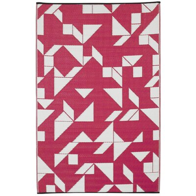 Bonin Beetroot/White Indoor/Outdoor Area Rug Rug Size: 5 x 8