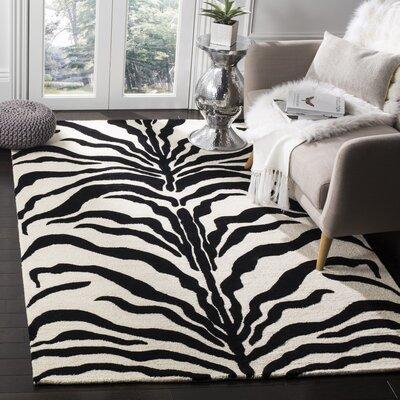 Martins Ivory/Black Area Rug Rug Size: 8 x 10